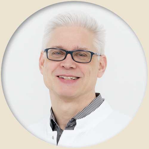 Dr. med. Lars Langenick Chefarzt Radiologie | Sankt Gertrauden-Krankenhaus Berlin