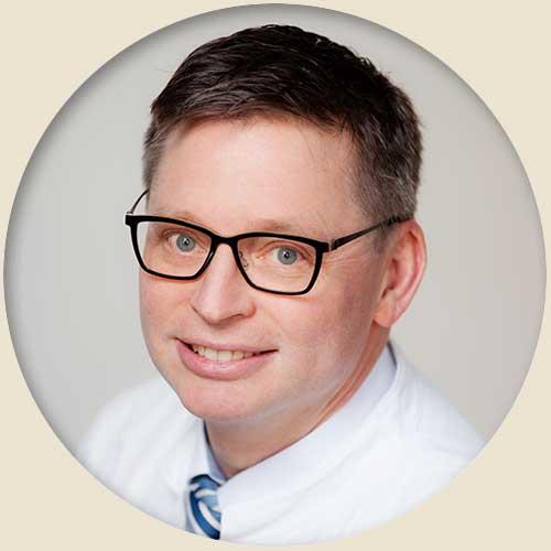Priv.-Doz. Dr. med. Jan Kaminsky, Chefarzt Neurochirurgie | Sankt Gertrauden-Krankenhaus Berlin
