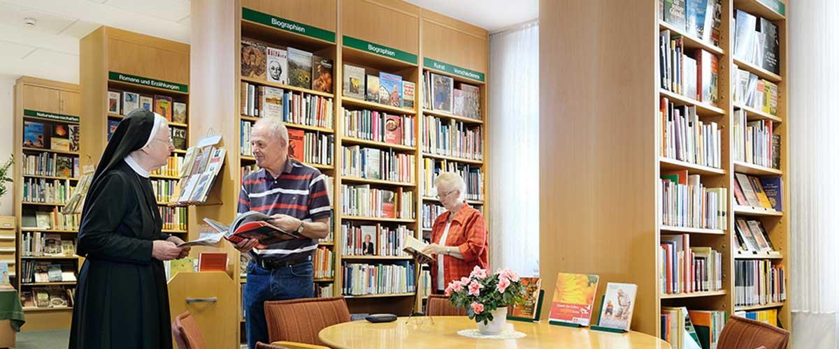 Bücherei | Sankt Gertrauden-Krankenhaus Berlin